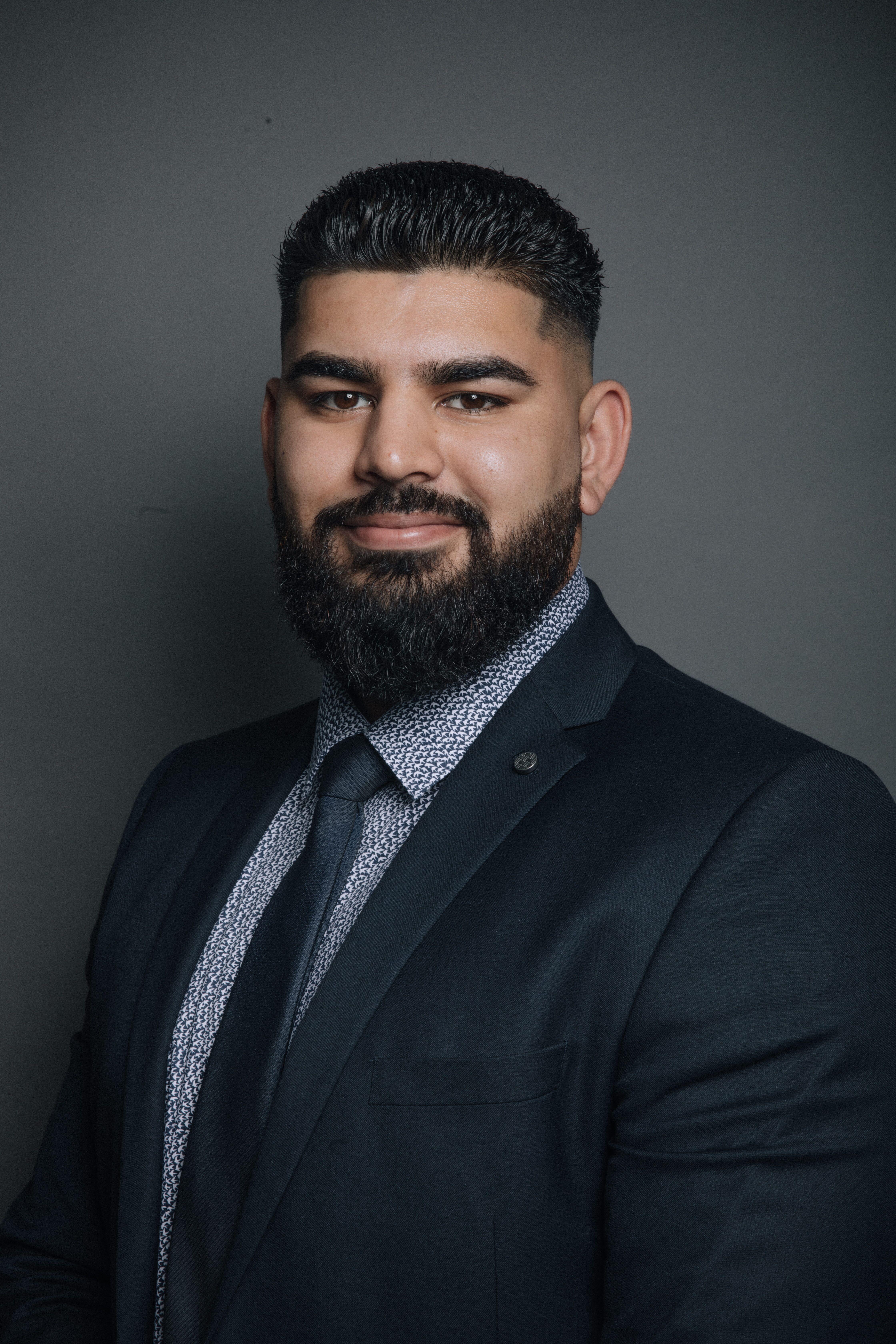 Haaris Karimullah Insurance Professional